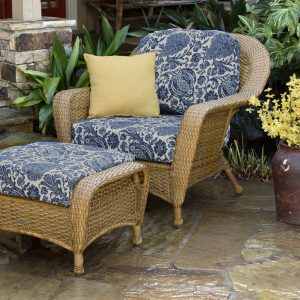 Tortuga Sea Pines Chair and Ottoman Bundle