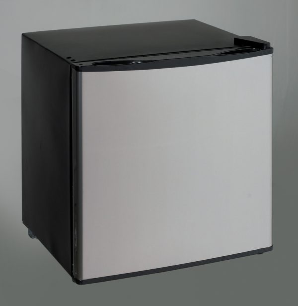 Avanti Black Compact 1.4CF Dual Function Refrigerator or Freezer with Platinum Finish Door VFR14PSIS