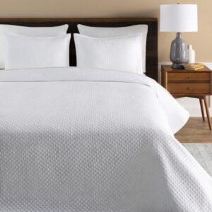 Surya Melbourne MBN-1000 Quilt Bedding